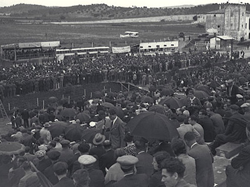 When the Autódromo de Terramar hosted political rallies