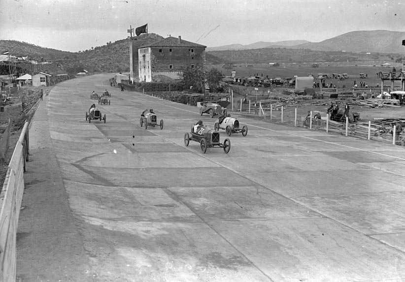¿Cómo era la cantina del Autòdrom en los años 20? 1