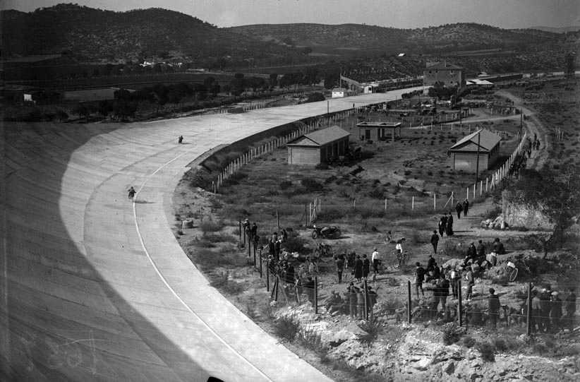 ¿Cómo era la cantina del Autòdrom en los años 20?